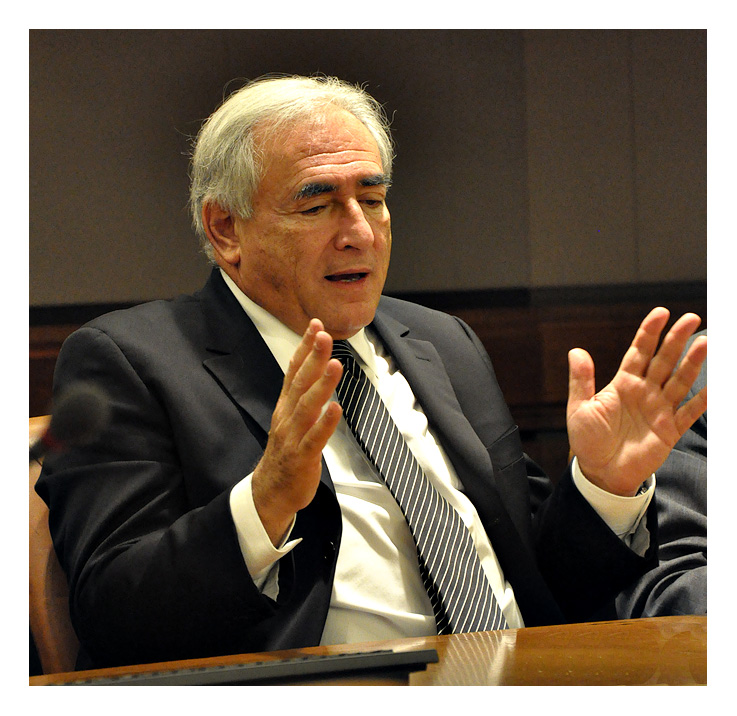 Dominique Strauss-Kahn, IMF director: into the hands of a womanizer! Greece-repayment-extension
