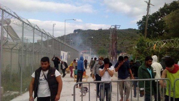refugees Moria protest