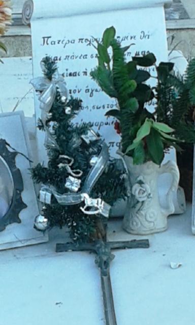 xmas2015 graveyard5