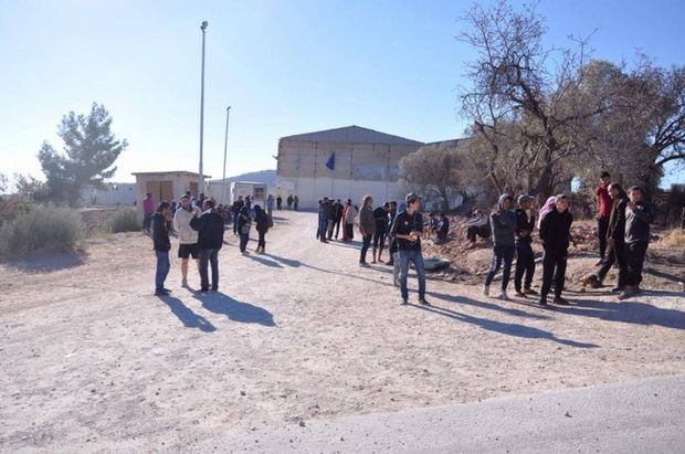 Director of Migrants' Registration center VIAL on Chios resigns