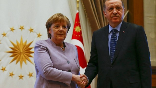 Germany warns its citizens travelling to Turkey 'they risk arrest'