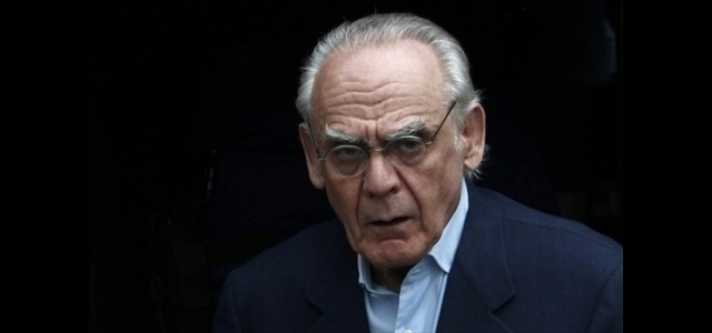 Ex defense minister Tsochatzopoulos to exit prison after friends 'donate' €200K bail