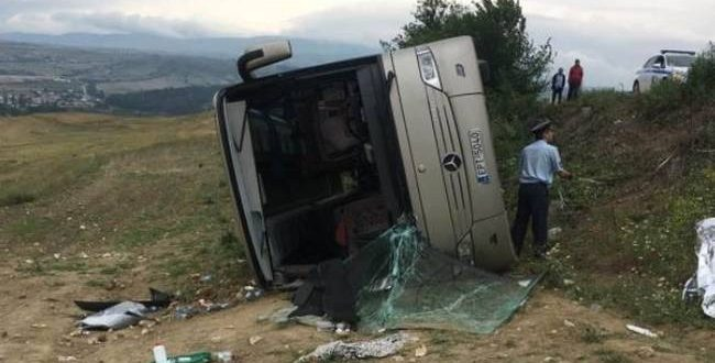 Serres: Bus on school trip overturns, nine children, five parents injured