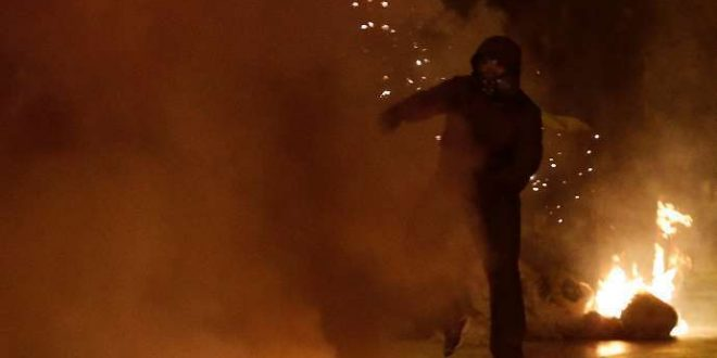 Anarchists riot with firebombs in Athens, Patras, Thessaloniki, one woman badly injured (videos, picts)