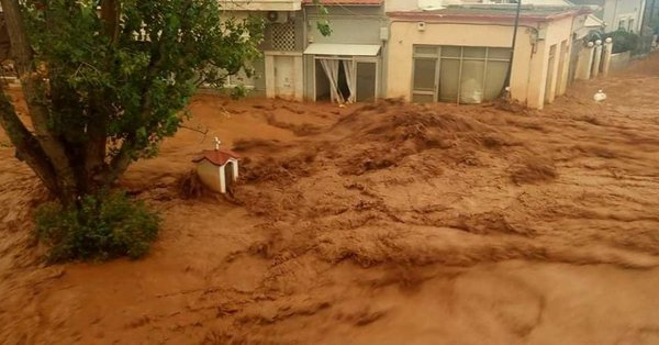 "Metropolit Amvrosios sees in flash floods ""God's wrath for the atheist Prime Minister and cabinet ministers"""