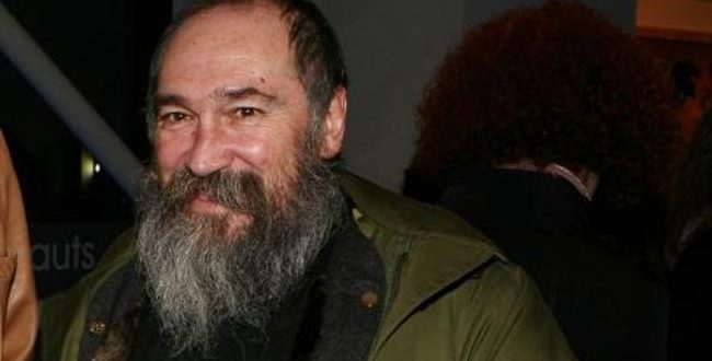 Musician and stand-up comedian Tzimis Panousis dies at the age of 63