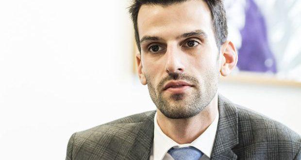 Austrian politician Landbauer glorifies the Nazi Massacre on Crete and the Holocaust