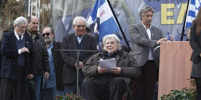"Mikis Theodorakis speaks of ""left-wing fascism"" and gets new surreal friends"