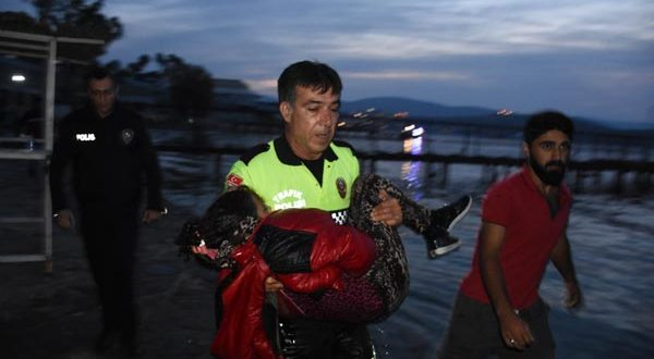 2 children dead, 10 people missing after refugee boat capsizes 50m from shore