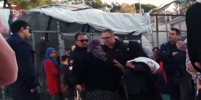 Police officer suspended, 4 under probe for mistreating elderly migrant in Moria