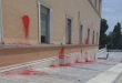 Rouvikonas anarchists vandalize Greek Parliament for the sake of 17. Nov convict